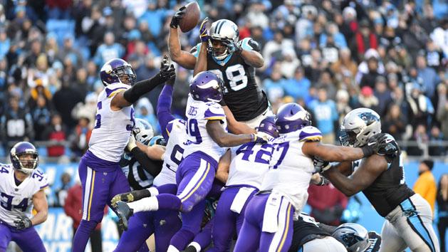 NFL Recaps: Stewart (3 TDs), Panthers top Vikings