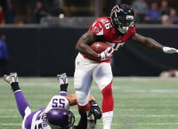 Falcons RB Coleman clears concussion protocol