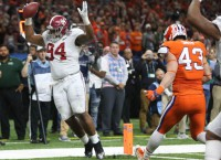 Bama's defense dominates Clemson in CFP semis