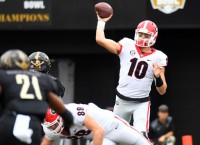 Georgia QB Eason reportedly set to transfer