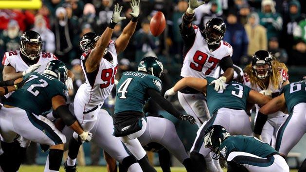 Eagles hold off Falcons, advance to NFC title game