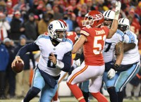 Mariota, Henry the key for Titans