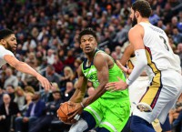 T-Wolves' Butler, Gibson return to Chicago old team