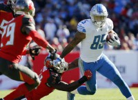 Colts ink TE Ebron to 2-year deal
