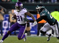 Reports: RB McKinnon agrees to deal with 49ers