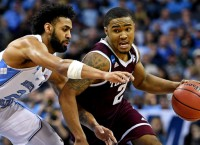 Texas A&M steamrolls UNC, advances to Sweet 16