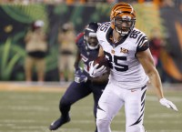Report: TE Eifert staying with Bengals