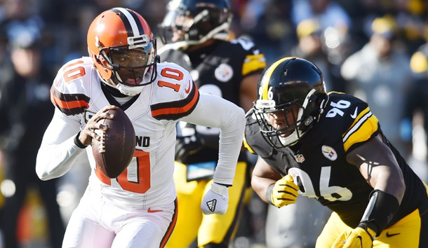 Jan 1, 2017; Pittsburgh, PA, USA; Cleveland Browns quarterback Robert Griffin III (10) scrambles away from Pittsburgh Steelers defensive tackle L.T. Walton (96) during the first quarter at Heinz Field. Photo Credit: Ken Blaze-USA TODAY Sports