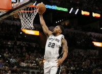 Spurs look to knock Clippers further from playoffs