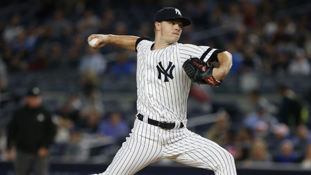 Reds acquire Gray from Yankees to bolster rotation