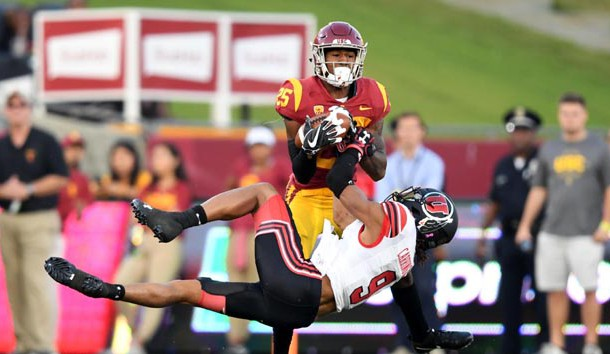 Oct 14, 2017; Los Angeles, CA, USA; Southern California Trojans cornerback Jack Jones (25) defends against Utah Utes wide receiver Darren Carrington II (9) during an NCAA football game at Los Angeles Memorial Coliseum. Photo Credit: Kirby Lee-USA TODAY Sports
