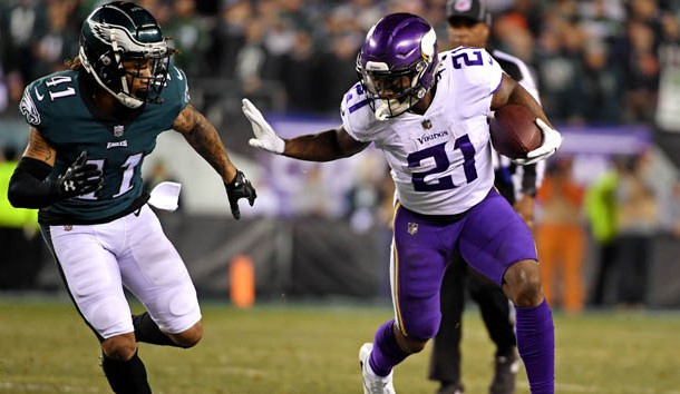 Jan 21, 2018; Philadelphia, PA, USA; Minnesota Vikings running back Jerick McKinnon (21) runs the ball against Philadelphia Eagles cornerback Ronald Darby (41) during the first quarter in the NFC Championship game at Lincoln Financial Field. Photo Credit: Eric Hartline-USA TODAY Sports