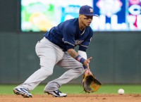 Brewers make personnel moves before facing Mets