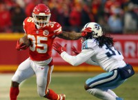 Chiefs RB West sustains concussion in practice
