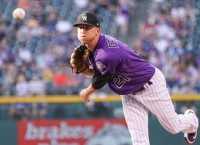 Rockies keep pushing for postseason vs. Nationals