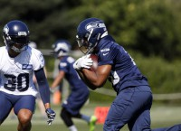 Seahawks rookie RB Penny (finger) out 3-4 weeks