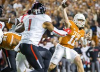 Texas set to go with Ehlinger at QB