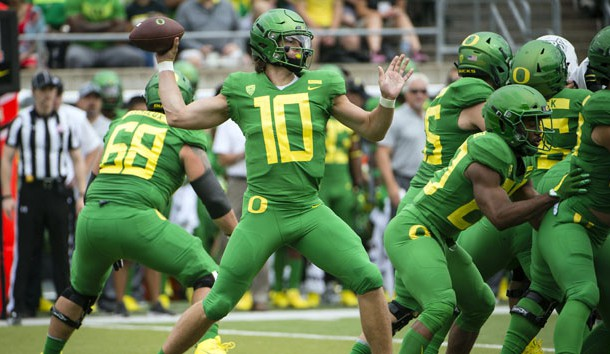 Sep 8, 2018; Eugene, OR, USA; Oregon Ducks quarterback Justin Herbert (10) throws a pass during the first half against the Portland State Vikings at Autzen Stadium. Photo Credit: Troy Wayrynen-USA TODAY Sports