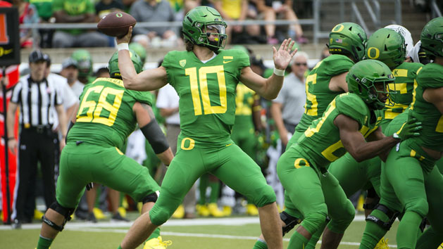 Oregon QB Justin Herbert to Return for Senior Season in 2019