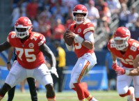 Mahomes' 6 TD passes vs. Steelers ties K.C. record
