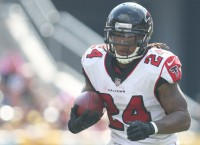Report: Falcons RB Freeman (foot) out two weeks