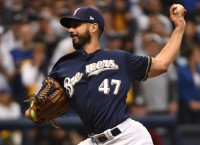 Brewers can take commanding lead in NLCS