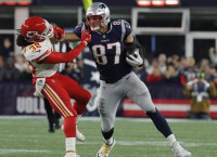 Gronkowski returns to practice for Patriots