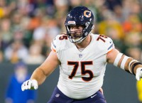 Report: Bears G Long out with injury