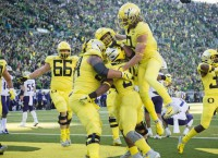 Oregon, Auburn start with key Top 25 battle