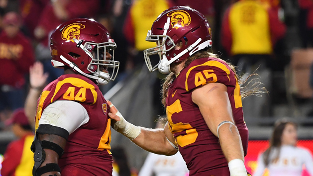 USC loses OLB Gustin to season-ending ankle injury