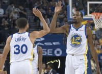 Warriors begin quest for 3rd straight title vs. OKC