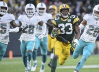 Other Aaron leads Packers by Dolphins