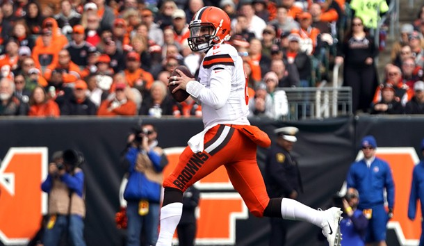 Nov 25, 2018; Cincinnati, OH, USA; Cleveland Browns quarterback Baker Mayfield (6) looks to pass against the Cincinnati Bengals in the first half at Paul Brown Stadium. Photo Credit: Aaron Doster-USA TODAY Sports