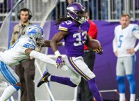 Cook shaking off injury bug for Vikings