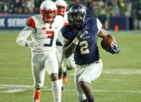 No. 3 Notre Dame renews rivalry with struggling USC