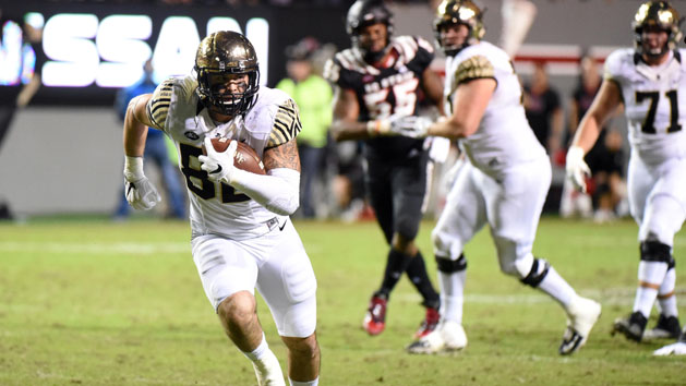 Freudenthal's Late TD Catch Lifts Wake Forest To W