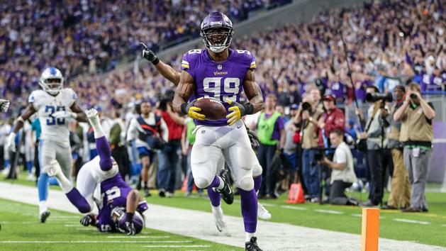Vikings sack Stafford 24120a987