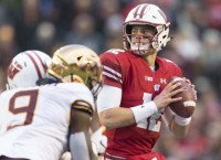 Wisconsin QB Hornibrook ruled out for bowl game