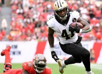 Saints rally to defeat Bucs, win NFC South
