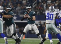 Wentz returns as Eagles open against Redskins
