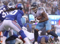 Titans RB Henry runs all over Giants