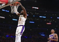 Lakers aim to use defensive responsibility vs. Spurs