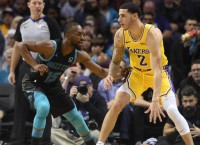 Lakers Run Away From Hornets For 128-100 Win