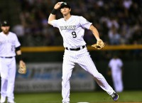 Yankees agree to deal with 2B LeMahieu