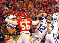 Chiefs dominate Colts behind Mahomes, defense