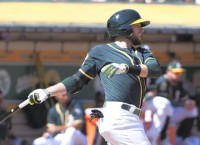 Mets agree to deal with veteran 2B Lowrie