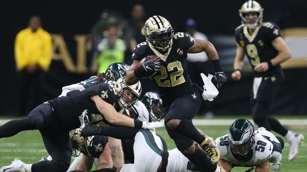 Saints rally to beat Eagles behind Brees, defense