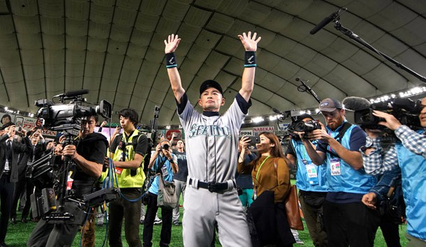Mar 21, 2019; Tokyo,JPN; Seattle Mariners right fielder Ichiro Suzuki (51) waves to fans after the game against the Oakland Athletics at Tokyo Dome. Photo Credit: Darren Yamashita-USA TODAY Sports
