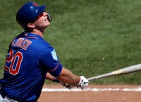 Rookie 1B Alonso makes Mets roster