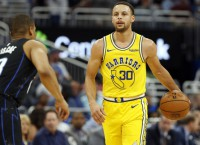 Dubs' Curry (finger) practices fully, set for Game 3